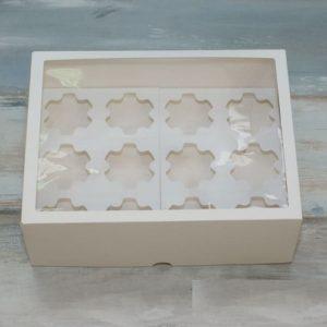 Упаковка на 12 капкейка с окном ФИГУРНАЯ
