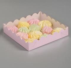 Упаковка для пряников розовая 12х12х3 см