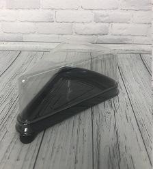 Упаковка для пирожного треугольная 105 х 70 х 45 мм.